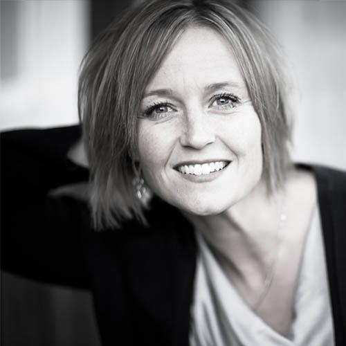 Author - Rebecca Anderson aka Becca Wilhite headshot